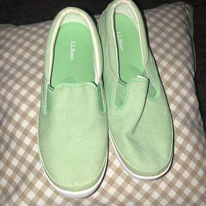 New LLbean women's slip on sneakers 👟